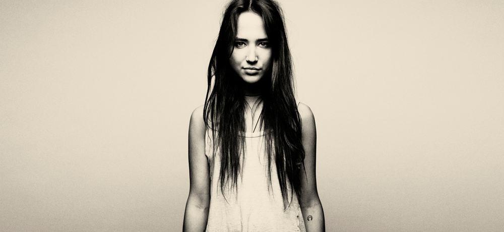 Bella Sarris (Enter/AUS)